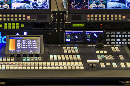 digital sound mixing board